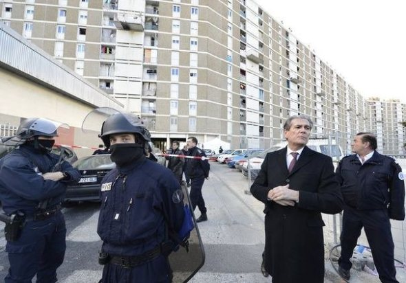 Violent Muslim ghettos in France