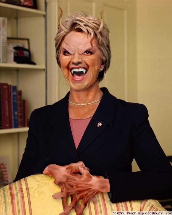 Funny-Dracula-Hillary-Clinton-Face-Photoshop-Image